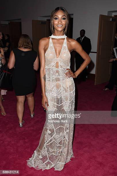 Model Jourdan Dunn attends the 2016 CFDA Fashion Awards at the Hammerstein Ballroom on June 6 2016 in New York City