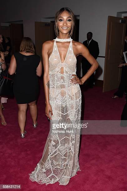 Model Jourdan Dunn attends the 2016 CFDA Fashion Awards at the Hammerstein Ballroom on June 6, 2016 in New York City.
