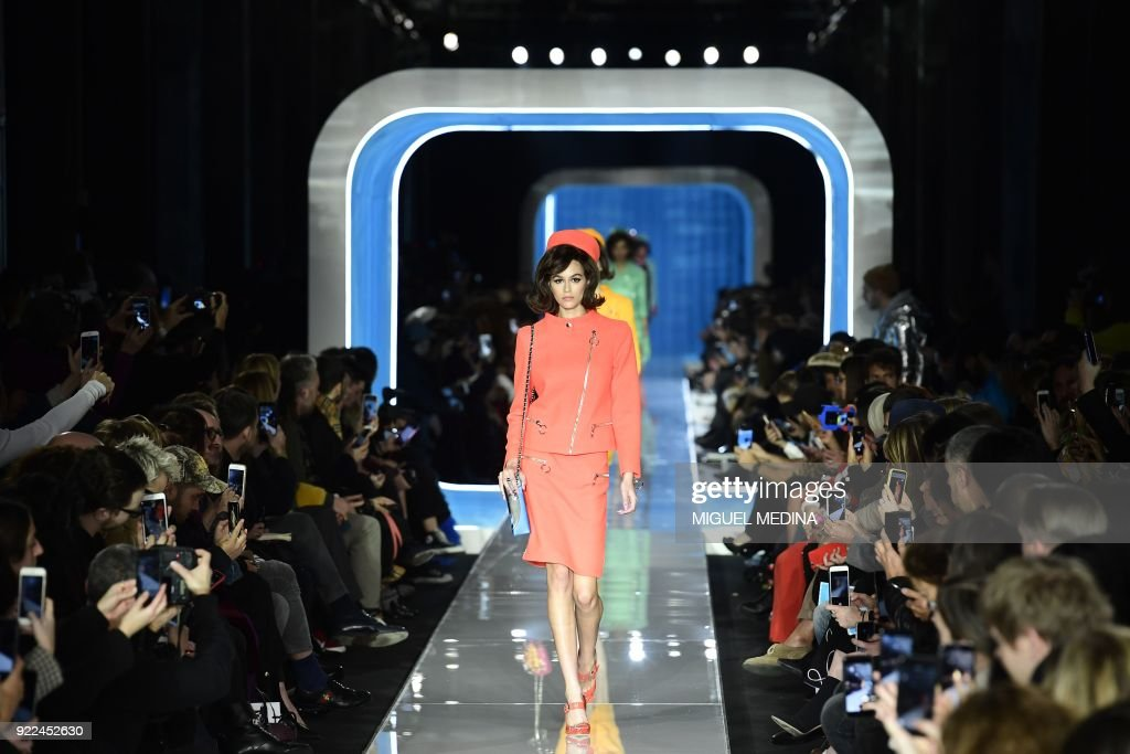 TOPSHOT-FASHION-ITALY-MOSCHINO : News Photo