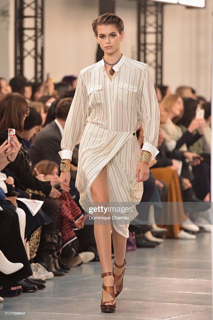Chloe : Runway - Paris Fashion Week - Womenswear Spring Summer 2020 : ニュース写真