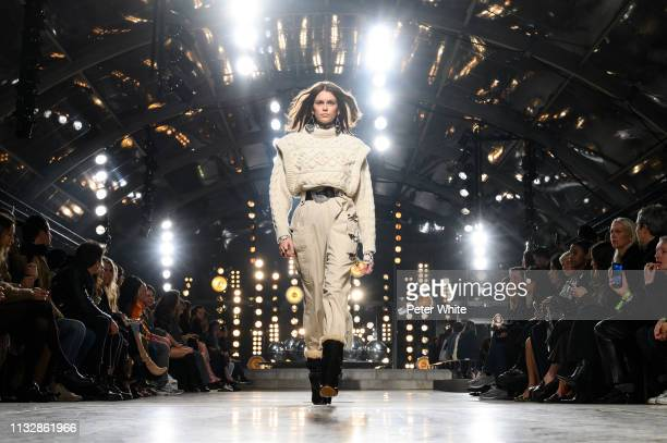 Model Kaia Gerber walks the runway during the Isabel Marant show as part of the Paris Fashion Week Womenswear Fall/Winter 2019/2020 on February 28,...