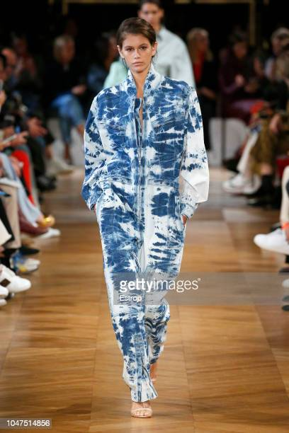 Model Kaia Gerber walks the runway during the Stella McCartney show as part of the Paris Fashion Week Womenswear Spring/Summer 2019 on October 1 2018...