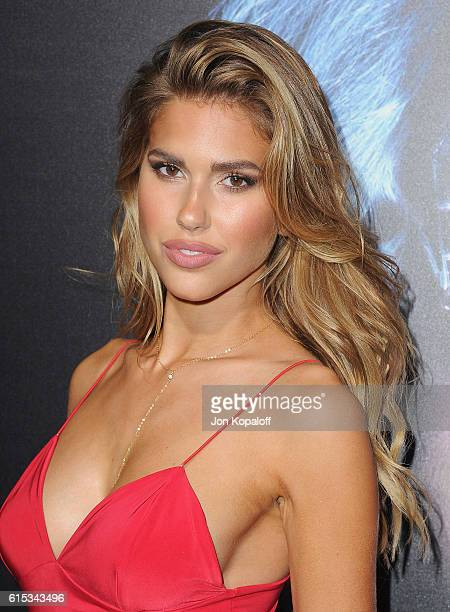 Model Kara Del Toro arrives at the Los Angeles Premiere Boo A Madea Halloween at ArcLight Cinemas Cinerama Dome on October 17 2016 in Hollywood...