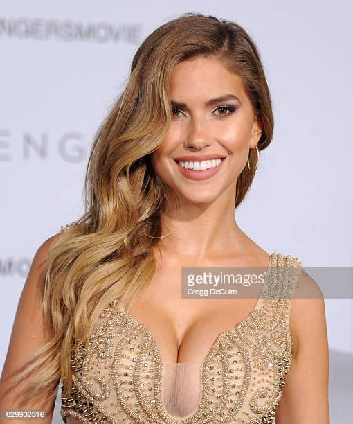 Model Kara Del Toro arrives at the premiere of Columbia Pictures' 'Passengers' at Regency Village Theatre on December 14 2016 in Westwood California