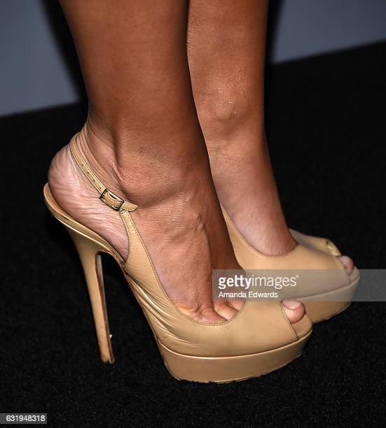 Model Kara Del Toro shoe detail arrives at the premiere of STX Entertainment's 'The Space Between Us' at ArcLight Hollywood on January 17 2017 in...