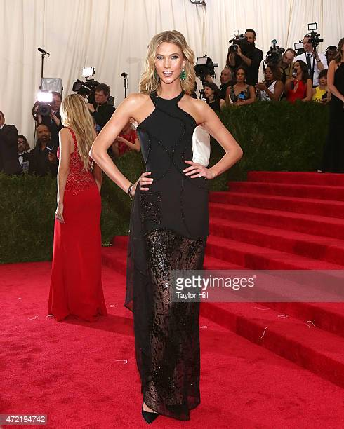 Model Karlie Kloss attends China Through the Looking Glass the 2015 Costume Institute Gala at Metropolitan Museum of Art on May 4 2015 in New York...