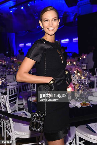 Model Karlie Kloss attends the 2016 amfAR New York Gala at Cipriani Wall Street on February 10 2016 in New York City