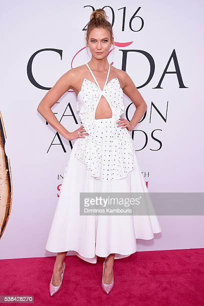 Model Karlie Kloss attends the 2016 CFDA Fashion Awards at the Hammerstein Ballroom on June 6 2016 in New York City