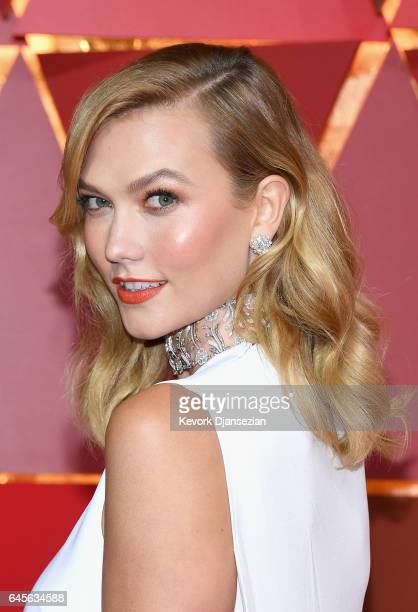 Model Karlie Kloss attends the 89th Annual Academy Awards at Hollywood Highland Center on February 26 2017 in Hollywood California