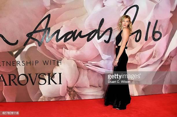 Model Karlie Kloss attends The Fashion Awards 2016 on December 5 2016 in London United Kingdom