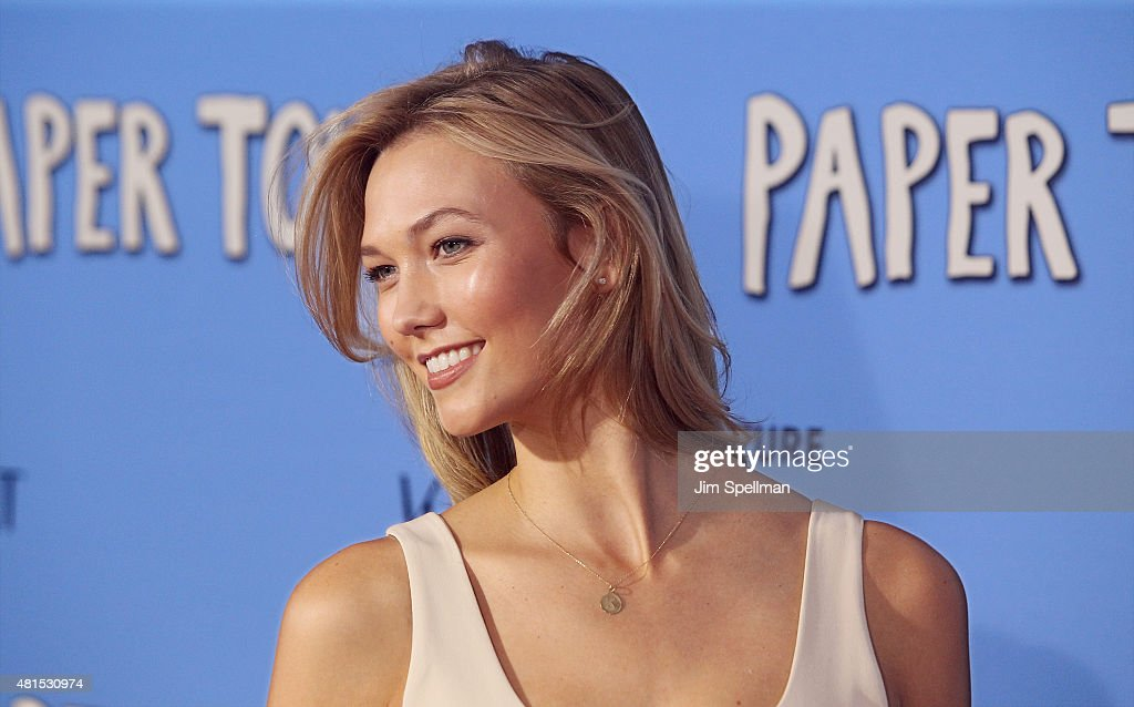Model Karlie Kloss attends the 'Paper Towns' New York premiere at AMC Loews Lincoln Square on July 21, 2015 in New York City.