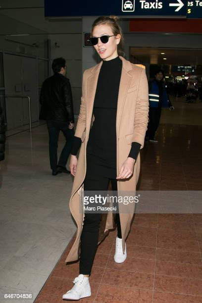 Model Karlie Kloss is seen at Aeroport Roissy Charles de Gaulle on March 1 2017 in Paris France