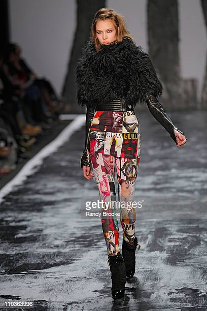 Model Karlie Kloss walks the runway at Miss Sixty during MercedesBenz Fashion Week Fall 2009 at The Tent in Bryant Park on February 15 2009 in New...