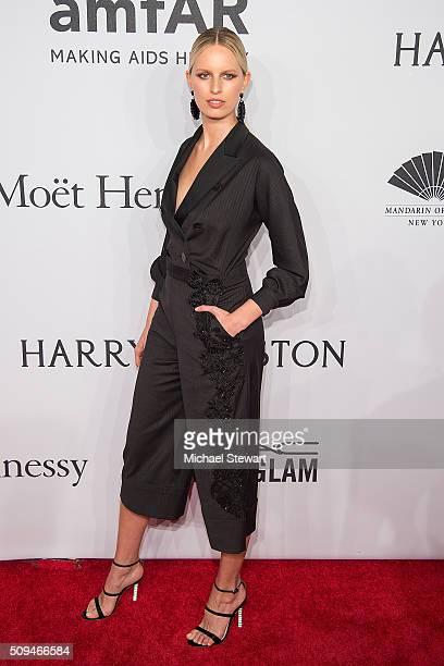 Model Karolina Kurkova attends the 2016 amfAR New York Gala at Cipriani Wall Street on February 10 2016 in New York City