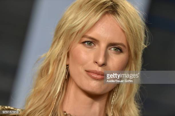 Model Karolina Kurkova attends the 2018 Vanity Fair Oscar Party hosted by Radhika Jones at Wallis Annenberg Center for the Performing Arts on March 4...
