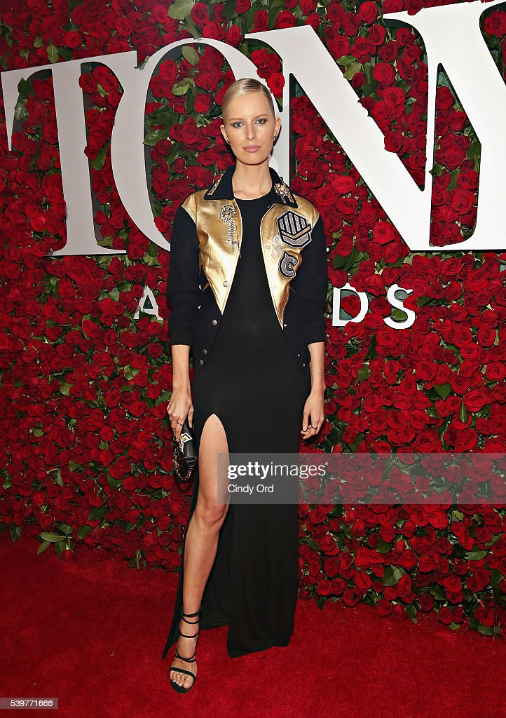 Model Karolina Kurkova attends the 70th Annual Tony Awards at The Beacon Theatre on June 12, 2016 in New York City.
