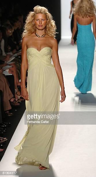 Model Karolina Kurkova walks the runway for Michael Kors show during Olympus Fashion Week Spring 2005 in Bryant Park September 14, 2004 in New York...