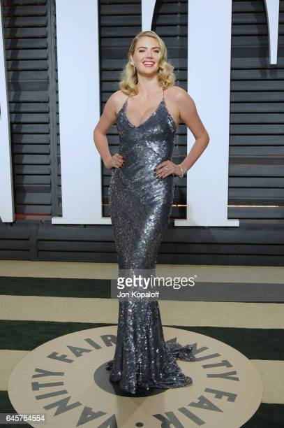 Model Kate Upton attends the 2017 Vanity Fair Oscar Party hosted by Graydon Carter at Wallis Annenberg Center for the Performing Arts on February 26...
