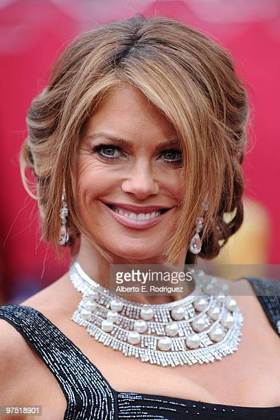 Model Kathy Ireland arrives at the 82nd Annual Academy Awards held at Kodak Theatre on March 7 2010 in Hollywood California
