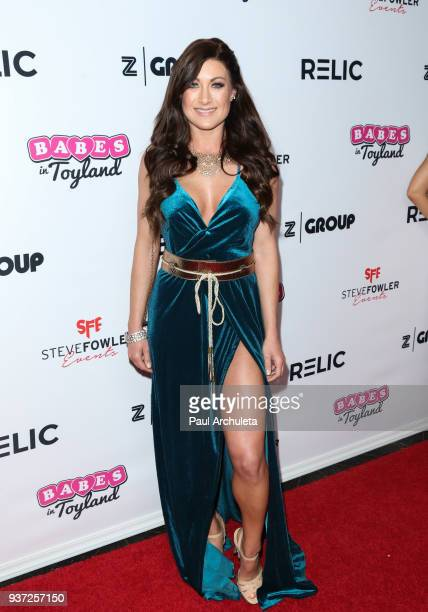 Model Kelly Collins attends the 4th annual 'Babes In Toyland' Pet Gala benefiting 'Operation Blankets Of Love' at Avalon on March 21 2018 in...