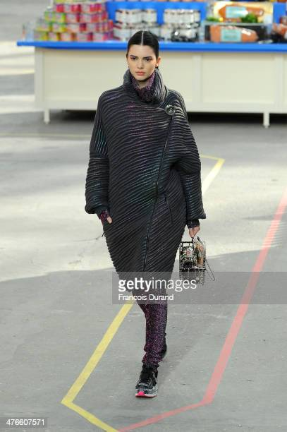 Model Kendall Jenner walks the runway during the Chanel show as part of the Paris Fashion Week Womenswear Fall/Winter 20142015 on March 4 2014 in...