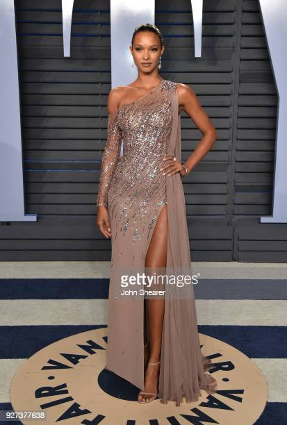Model Lais Ribeiro attends the 2018 Vanity Fair Oscar Party hosted by Radhika Jones at Wallis Annenberg Center for the Performing Arts on March 4...