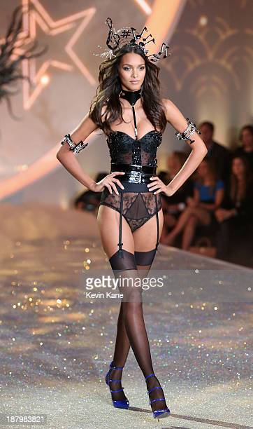 Model Lais Ribeiro walks the runway at the 2013 Victoria's Secret Fashion Show at Lexington Avenue Armory on November 13 2013 in New York City