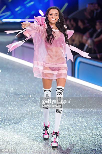 Model Lameka Fox walks the runway during the 2016 Victoria's Secret Fashion Show at Le Grand Palais in Paris on November 30 2016 in Paris France
