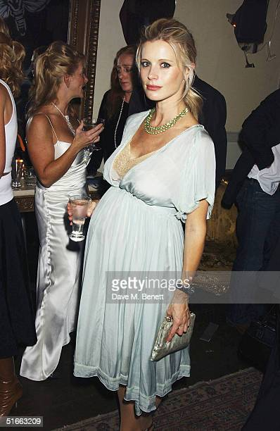 Model Laura Bailey attends the Vogue and Motorola Private VIP Party launching Vogue's December 2004 issue at Portland Place on November 3 2004 in...