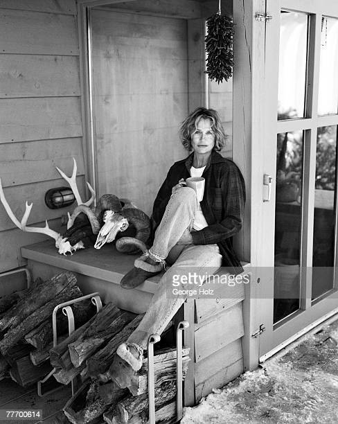 Model Lauren Hutton is photographed for InStyle on December 19 and 20 2003 at home in New Mexico PUBLISHED IMAGE