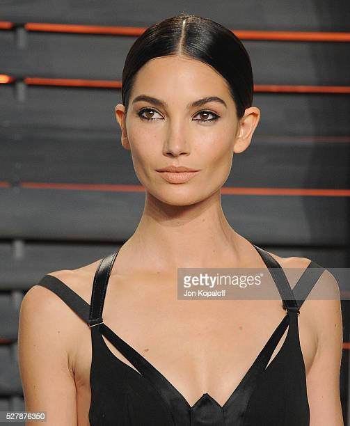 Model Lily Aldridge arrives at the 2016 Vanity Fair Oscar Party Hosted By Graydon Carter at Wallis Annenberg Center for the Performing Arts on...
