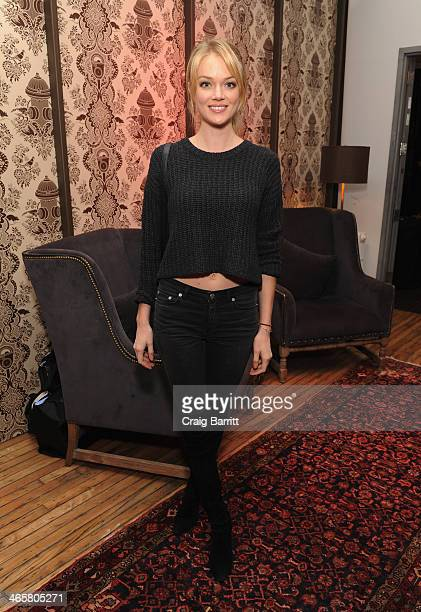 Model Lindsay Ellingson attends Time Warner Cable Studios Presents SHOWTIME And Food Network's Ultimate Tailgate Experience at Highline Stages on...