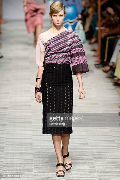Model Lindsey Wixson walks the runway at the Missoni Spring Summer 2014 fashion show during Milan Fashion Week on September 22, 2013 in Milan, Italy.