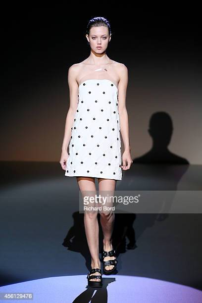 Model Lindsey Wixson walks the runway during the IRFE show as part of the Paris Fashion Week Womenswear Spring/Summer 2015 on September 26 2014 in...