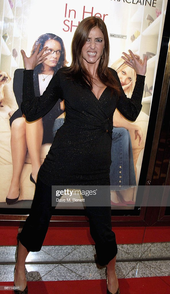 """""""In Her Shoes"""" UK Premiere - Arrivals : News Photo"""