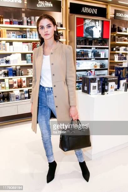 Model Lisa Tomaschewsky attends the Douglas FlagshipStore Opening on October 30 2019 in Berlin Germany