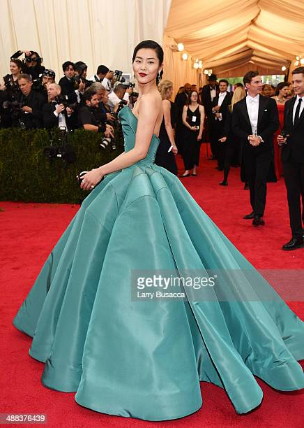 Model Liu Wen attends the Charles James Beyond Fashion Costume Institute Gala at the Metropolitan Museum of Art on May 5 2014 in New York City