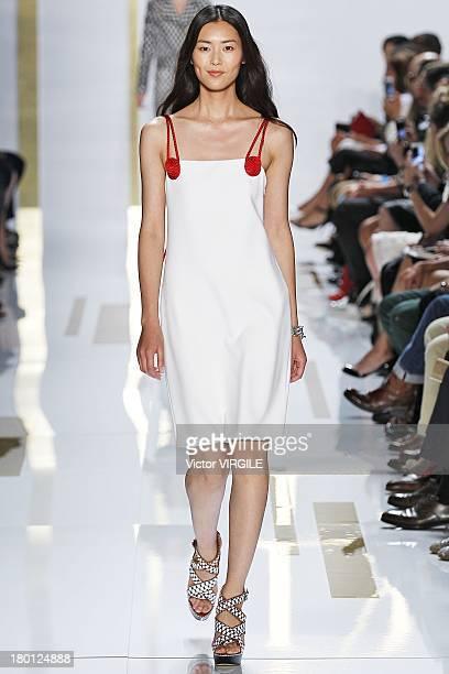 Model Liu Wen walks the runway at the Diane Von Furstenberg Ready to Wear fashion show during MercedesBenz Fashion Week Spring Summer 2014 at The...
