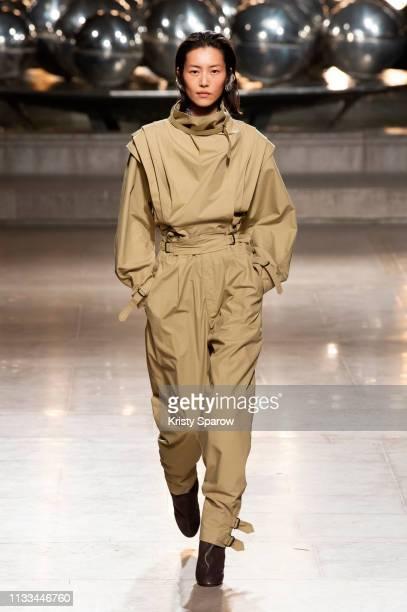 Model Liu Wen walks the runway during the Isabel Marant show as part of Paris Fashion Week Womenswear Fall/Winter 2019/2020 on February 28 2019 in...