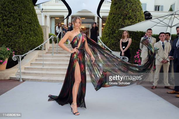 Model Lorena Rae attends the amfAR Cannes Gala 2019 at Hotel du CapEdenRoc on May 23 2019 in Cap d'Antibes France