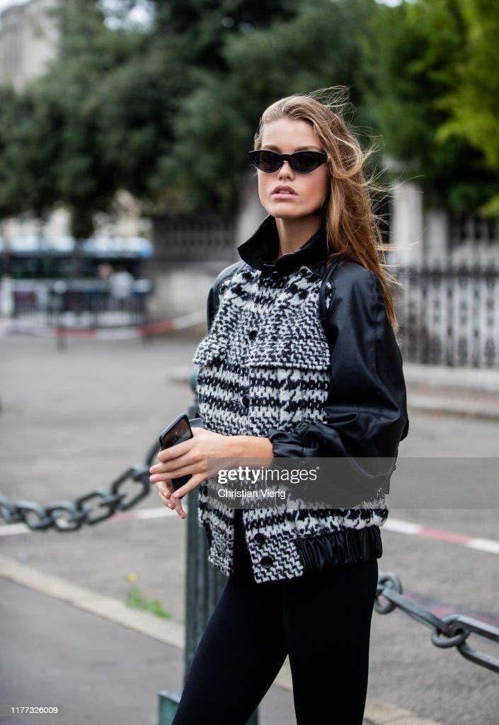 Street Style : Paris Fashion Week - Womenswear Spring Summer 2020 : Day Four : ニュース写真