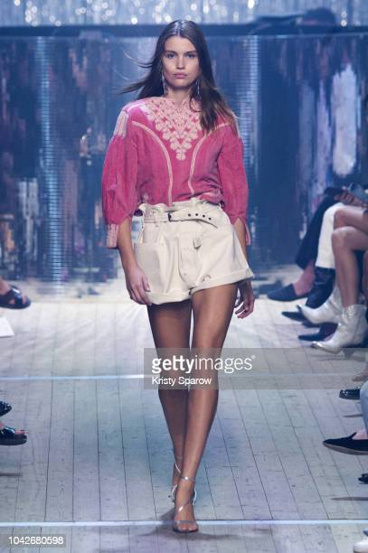 Model Luna Bijl walks the runway during the Isabel Marant show as part of Paris Fashion Week Womenswear Spring/Summer 2019 on September 27, 2018 in...