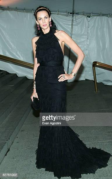 Model L'Wren Scott attends the MET Costume Institute Gala Celebrating Chanel at the Metropolitan Museum of Art May 2, 2005 In New York City.
