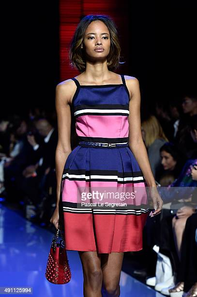 Model Malaika Firth walks the runway during the Elie Saab show as part of the Paris Fashion Week Womenswear Spring/Summer 2016 on October 3 2015 in...