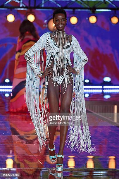 Model Maria Borges from Angola walks the runway during the 2015 Victoria's Secret Fashion Show at Lexington Avenue Armory on November 10 2015 in New...