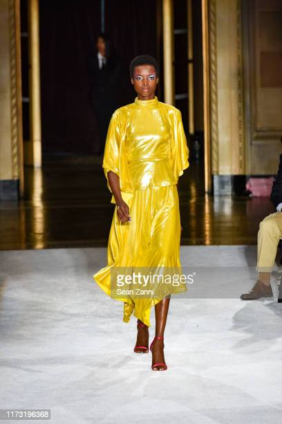 Model Maria Borges walks the runway at the Christian Siriano S/S 2020 Fashion Show at Gotham Hall on September 07, 2019 in New York City.