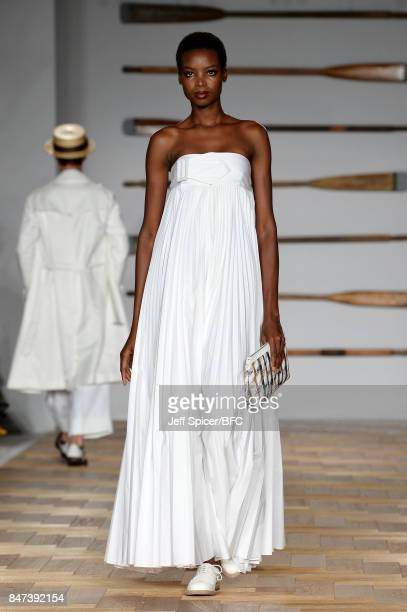 Model Maria Borges walks the runway at the DAKS show during London Fashion Week September 2017 on September 15 2017 in London England