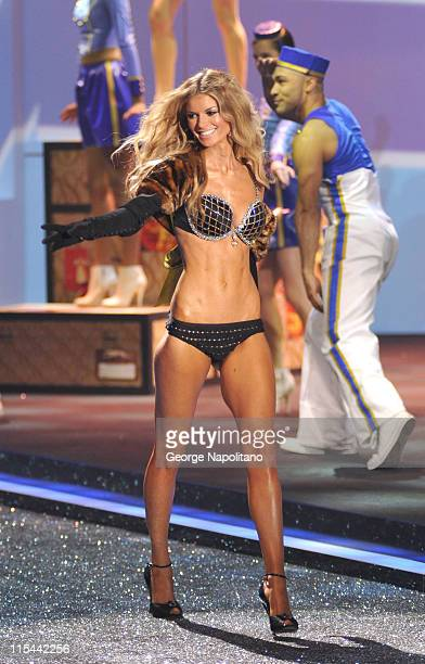 Model Marisa Miller attends the Victoria's Secret fashion show at The Armory on November 19 2009 in New York City