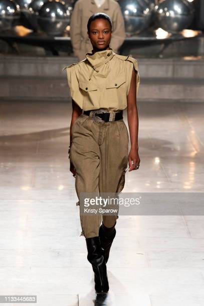 Model Mayowa Nicholas walks the runway during the Isabel Marant show as part of Paris Fashion Week Womenswear Fall/Winter 2019/2020 on February 28...