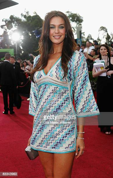 Model Megan Gale arrives at the 2008 ARIA Awards at Acer Arena Sydney Olympic Park on October 19 2008 in Sydney Australia The 21st annual awards...
